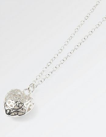 Filigree Heart Chain Necklace
