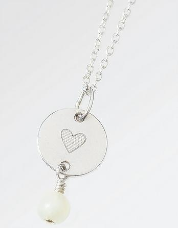 The Old Farmhouse Heart Disc Short Necklace