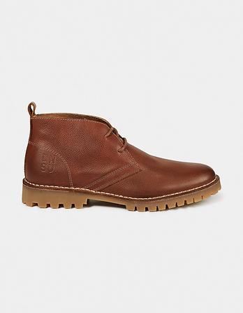 LNSU Cory Chukka Boots