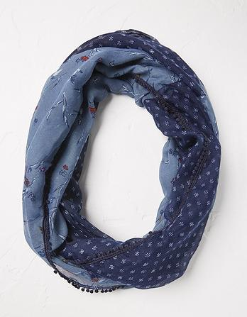 Starling Floral Bird Snood