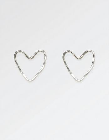 The Old Farmhouse Wire Heart Stud Earrings