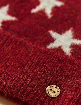 Star Pattern Pom Beanie