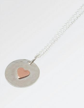 The Old Farmhouse Copper Heart Short Necklace