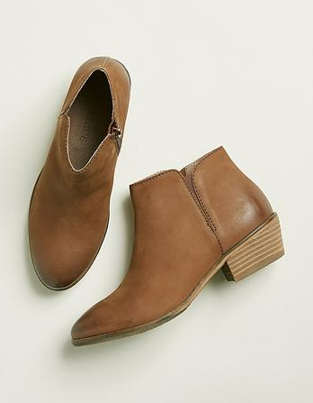 Lytham Chelsea Ankle Boots