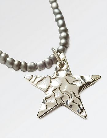 Star Tassel Short Necklace