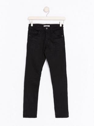 Narrow Jeans Black