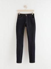 Tmavě modré úzké džíny TOVA Modrá