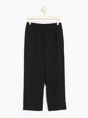 BELLA Relaxed Black Trousers with Cropped Legs  Black