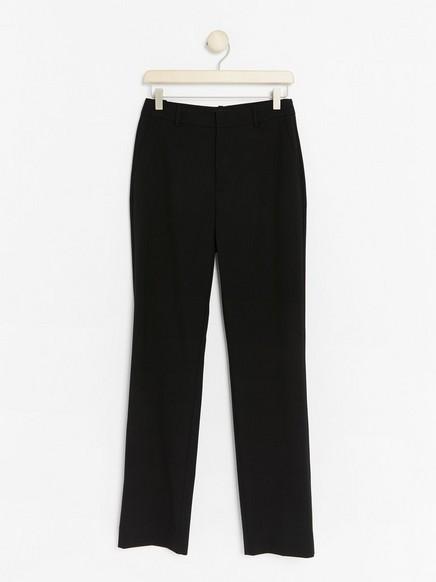 Černé kalhoty Černá