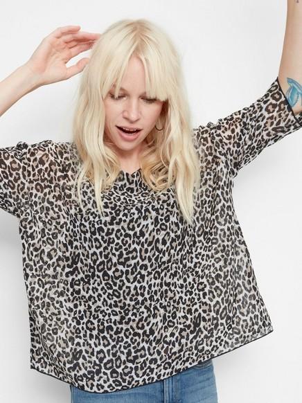 Leopardmönstrad blus Beige