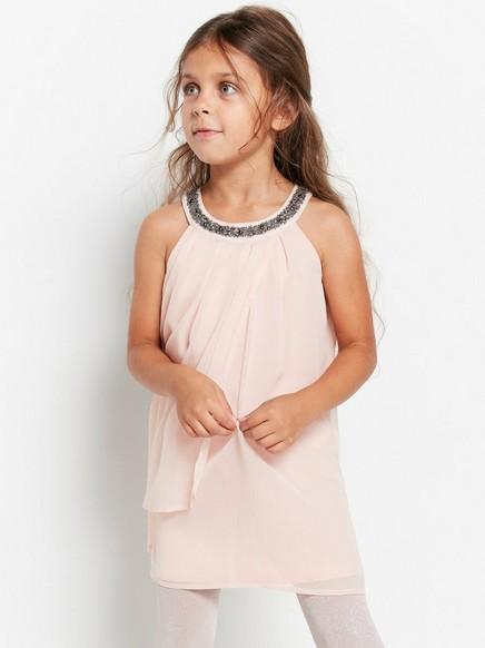 Šifonové šaty svýstřihem zdobeným korálky Růžová