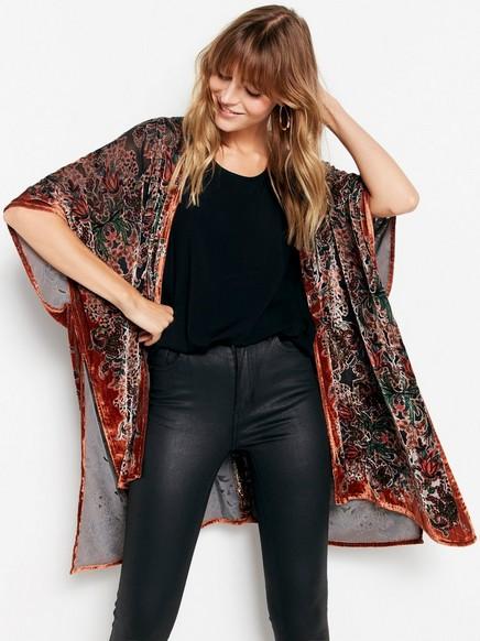 Vzorované sametové kimono Hnědá