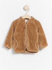 Beige jakke i teddystoff med glidelås Beige