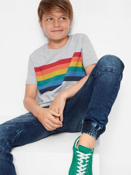 T-shirt med multifärgat tryck Grå