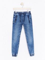 Smala jeans med låg gren Blå