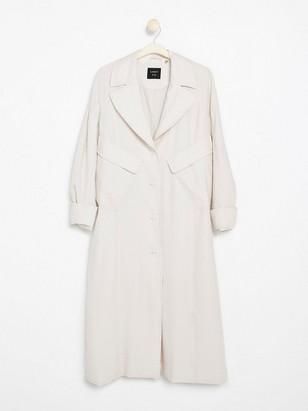 Pitkä, pehmeä takki Valkoinen