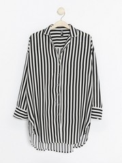 Striped Night Shirt Black