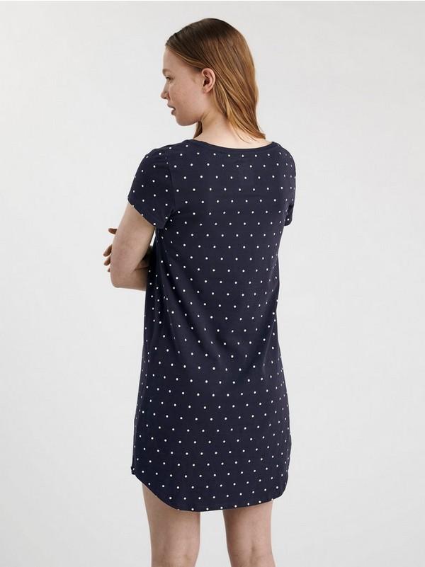 T skjorte blå med hvite prikker
