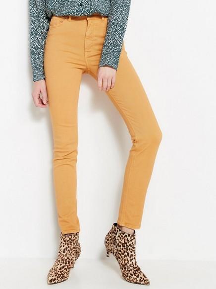 Gul, smal VERA-jeans med høy midje Gul