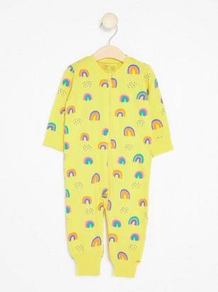 Pyjamas med regnbuemønster Gul