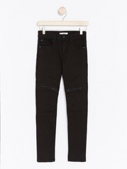 Slim Jeans with Knee Details Black