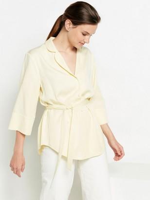 Žluté sako zmodalu Žlutá