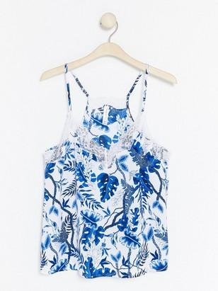 Košilka skvětovaným vzorem Modrá