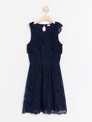 Krajkové šaty svolánky Modrá