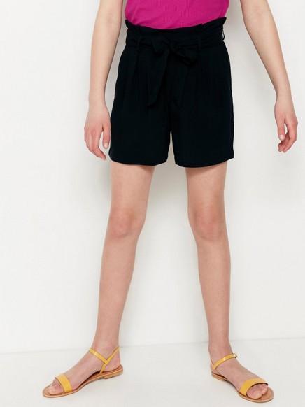 Shortsit, joissa paperipussivyötärö Musta