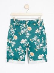 Mönstrade shorts med knappar  Blå