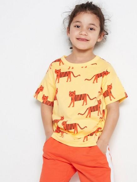 T-paita, jossa leikkisä kuvio Keltainen