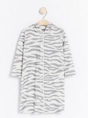 Zebra-badrock med öron Grå