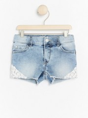 Regular Denim Shorts with Lace Blue