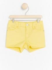 Regular yellow shorts Yellow