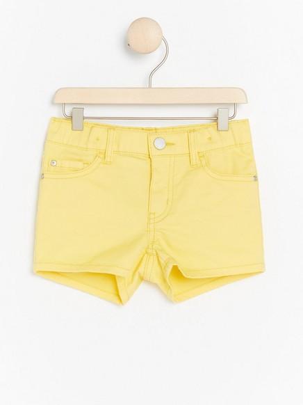 Keltaiset Regular Shortsit Keltainen