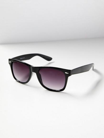 Svarte solbriller av plast Svart