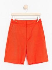 Röda shorts med hög midja  Orange