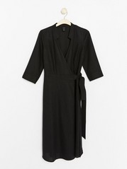Černé zavinovací šaty Černá