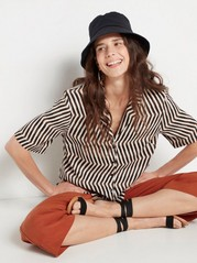Patterned short sleeve shirt  Black
