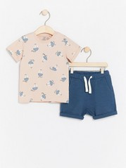 Set with T-shirt and Shorts Pink