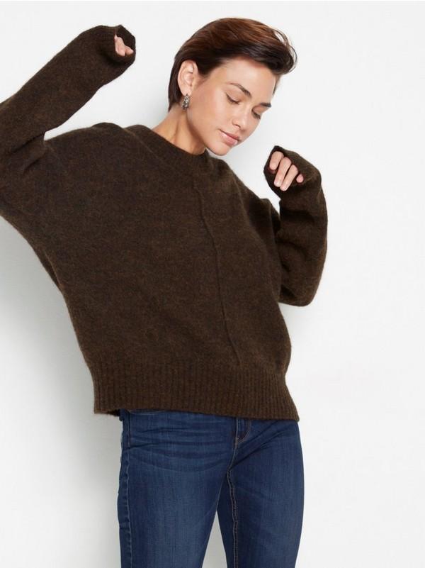 brun stickad tröja dam