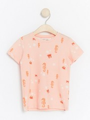 T-shirt with Ocean Pattern  Coral