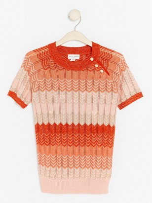 Pletený svetřík skrátkým rukávem alurexem Oranžová