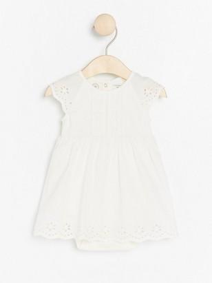Bílé šaty sbody Bílá