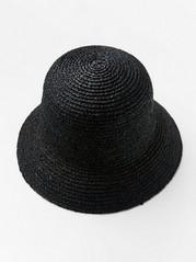 Bucket hat i strå  Svart