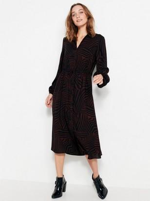 Viskózové šaty Černá