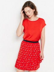 Short Sleeve Top with Shiny Front Section  Red