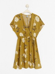 Patterned wrap dress  Yellow