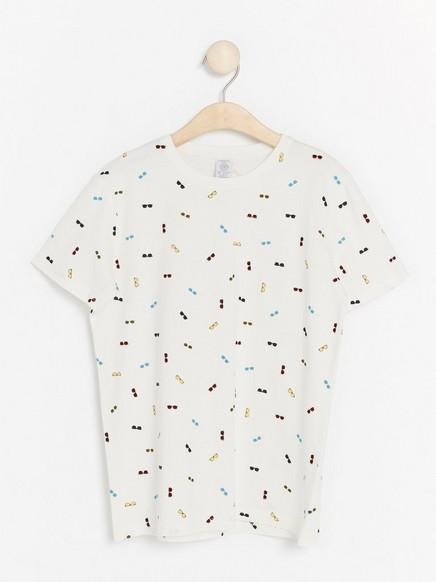 T-paita, jossa aurinkolaseja Valkoinen