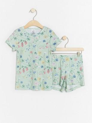 Pyjamas med blommönster Grön